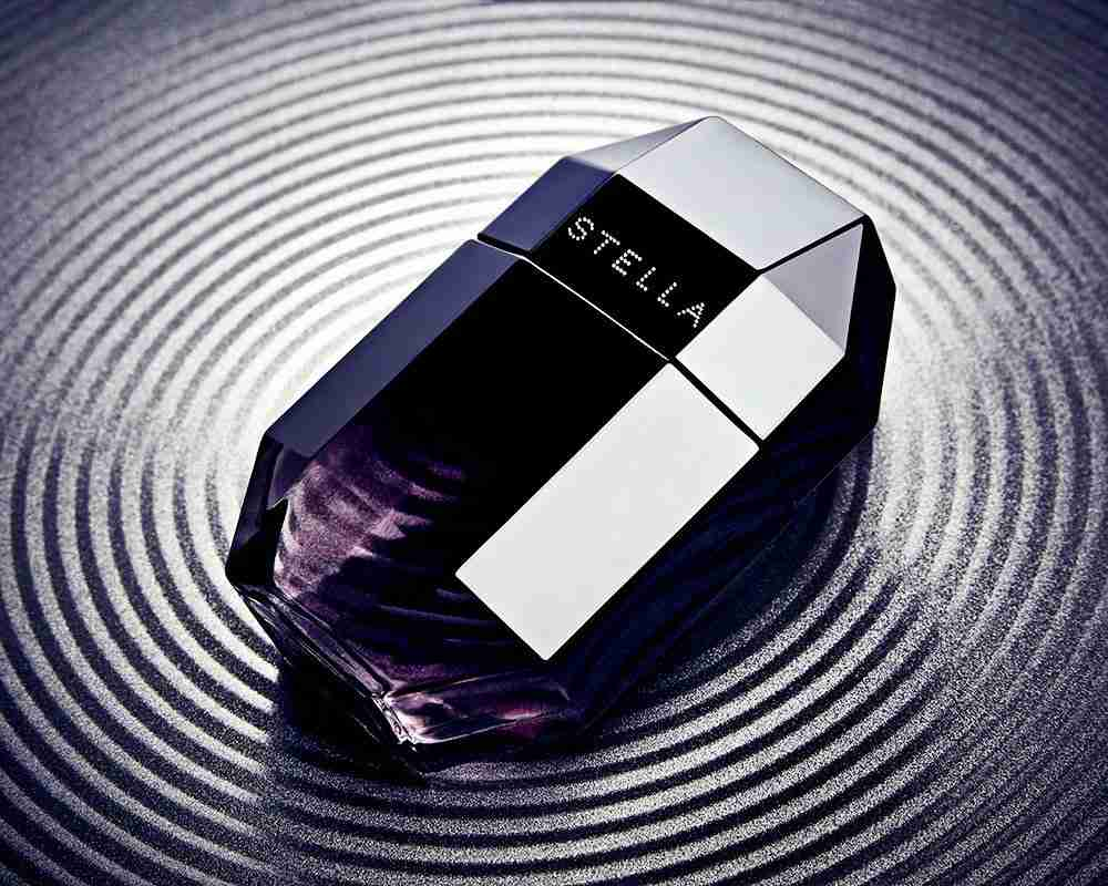 Perfume product photography
